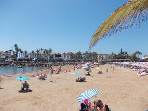 Golden Beach appartement met Pool, Apartmanok  Puerto de Mogán - big - 3