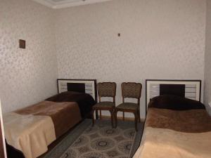 Guest House Nika, Penzióny  Gori - big - 5