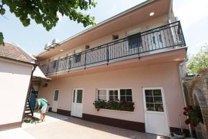 Sobe Kod Domacina, Hostels  Zrenjanin - big - 8