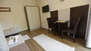 Sobe Kod Domacina, Hostels  Zrenjanin - big - 4