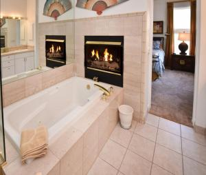 Vermont Road Chalet, Holiday homes  Vail - big - 2