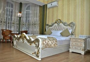Тбилиси - White Palace