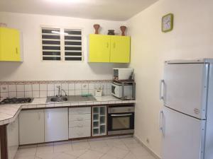 Le Gite Des Orquidees, Holiday homes  Bazin - big - 3