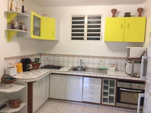 Le Gite Des Orquidees, Holiday homes  Bazin - big - 8