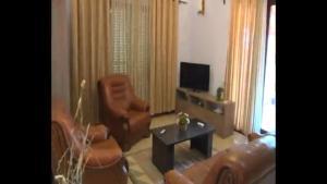 villa, Apartmanok  Elbasan - big - 2