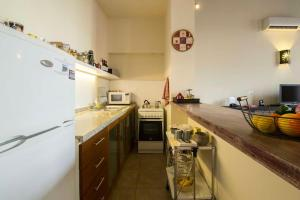 Beautiful Studio Apartment in Historical Mercado del Puerto, Ferienwohnungen  Montevideo - big - 9