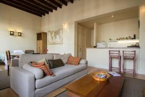 Beautiful Studio Apartment in Historical Mercado del Puerto, Ferienwohnungen  Montevideo - big - 15