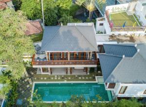 Grand Suite in Villa Khaleesi, Bed and Breakfasts  Seminyak - big - 57
