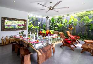 Grand Suite in Villa Khaleesi, Bed and Breakfasts  Seminyak - big - 55