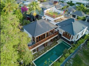 Grand Suite in Villa Khaleesi, Bed and Breakfasts  Seminyak - big - 54