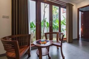 Grand Suite in Villa Khaleesi, Bed and Breakfasts  Seminyak - big - 41