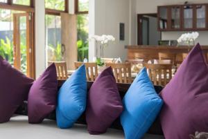 Grand Suite in Villa Khaleesi, Bed and Breakfasts  Seminyak - big - 38