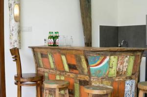 Grand Suite in Villa Khaleesi, Bed and Breakfasts  Seminyak - big - 32