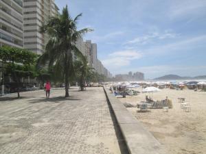Lindo apartamento em Guarujá, Apartments  Guarujá - big - 9
