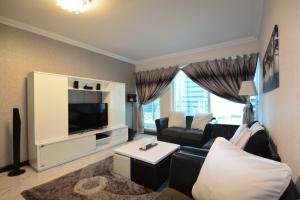 Dubai Arch Tower by Deluxe Holiday Homes - Dubai