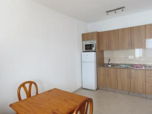 APARTAMENTO TEGALA 20, Apartments  Playa Blanca - big - 4