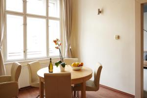 Unique Vinohrady Apartment, Apartmanok  Prága - big - 16
