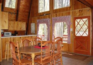 46R Red Barn, Holiday homes  Wawona - big - 3