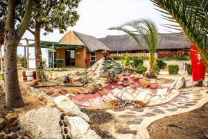 Madiba Inn, Bed and breakfasts  Mahalapye - big - 7