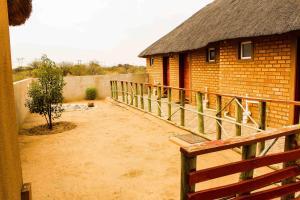 Madiba Inn, Bed and breakfasts  Mahalapye - big - 4