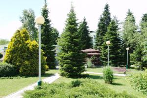 Sanatoriy Izumrudniy, Gyógyüdülők  Gorjacsij Kljucs - big - 11