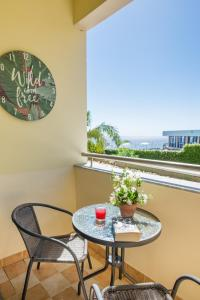 The Cliff Side Apartment, Apartmány  Funchal - big - 15