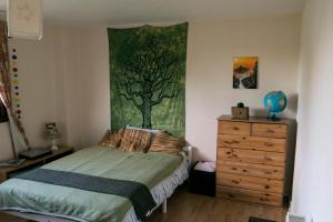 Double bedroom with free parking