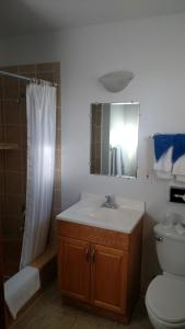 Out West Motel, Motels  Milton-Freewater - big - 3