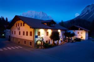Hotel zum Goldenen L�wen