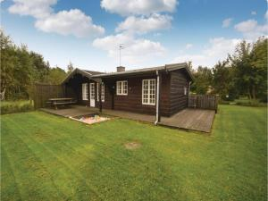 Two Bedroom Holiday Home in Grenaa