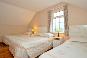 College Crest House, Bed and breakfasts  Galway - big - 4
