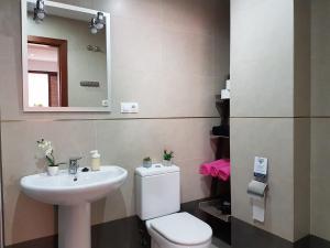 TocToc Pedregalejo Beach Apartment, Appartamenti  Málaga - big - 12