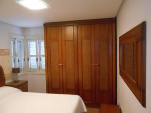 360 Apto 9 pessoas centro, Prázdninové domy  Gramado - big - 5