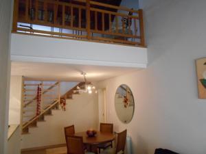 360 Apto 9 pessoas centro, Prázdninové domy  Gramado - big - 10