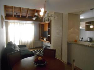 360 Apto 9 pessoas centro, Prázdninové domy  Gramado - big - 1