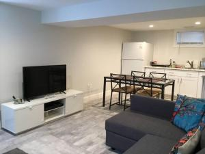 2 Bedroom House in Brighton, Apartmány  Boston - big - 1