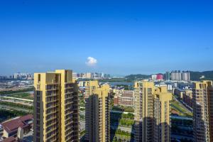 Senran (Xinjiayuan) Apartment, Апартаменты  Чжухай - big - 99