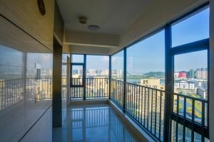 Senran (Xinjiayuan) Apartment, Апартаменты  Чжухай - big - 98