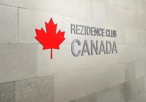Club Canada Family House