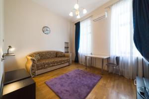 Cozy apartment in Centre of Kiev