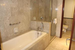 ROMANTIC SERVICE SUITES @ BUKIT BINTANG KL, Apartmány  Kuala Lumpur - big - 13