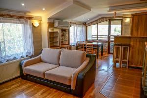 Apartment Ray ot Durvo, Апартаменты  Велико-Тырново - big - 47