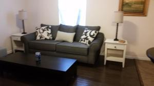 1551 Sturm Ave - Apartment - Indianapolis