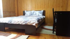 Woody Apartment