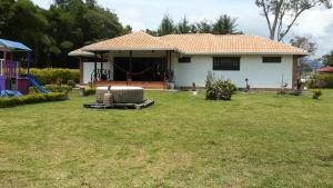 Parcela la Fortuna Mesa de los santos, Vidiecke domy  Bucaramanga - big - 3