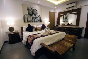 Grand Suite in Villa Khaleesi, Bed and Breakfasts  Seminyak - big - 9