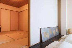4 Bedrooms Cassina in Perfect Location, Apartments  Kyoto - big - 7