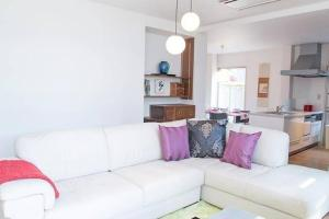 4 Bedrooms Cassina in Perfect Location, Ferienwohnungen  Kyoto - big - 46