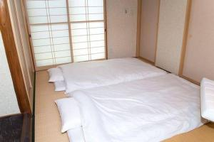 4 Bedrooms Cassina in Perfect Location, Ferienwohnungen  Kyoto - big - 45