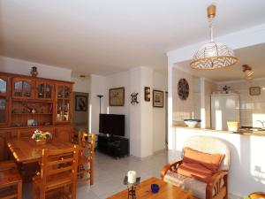 Apartment Club Nàutic.10, Apartmány  Empuriabrava - big - 9